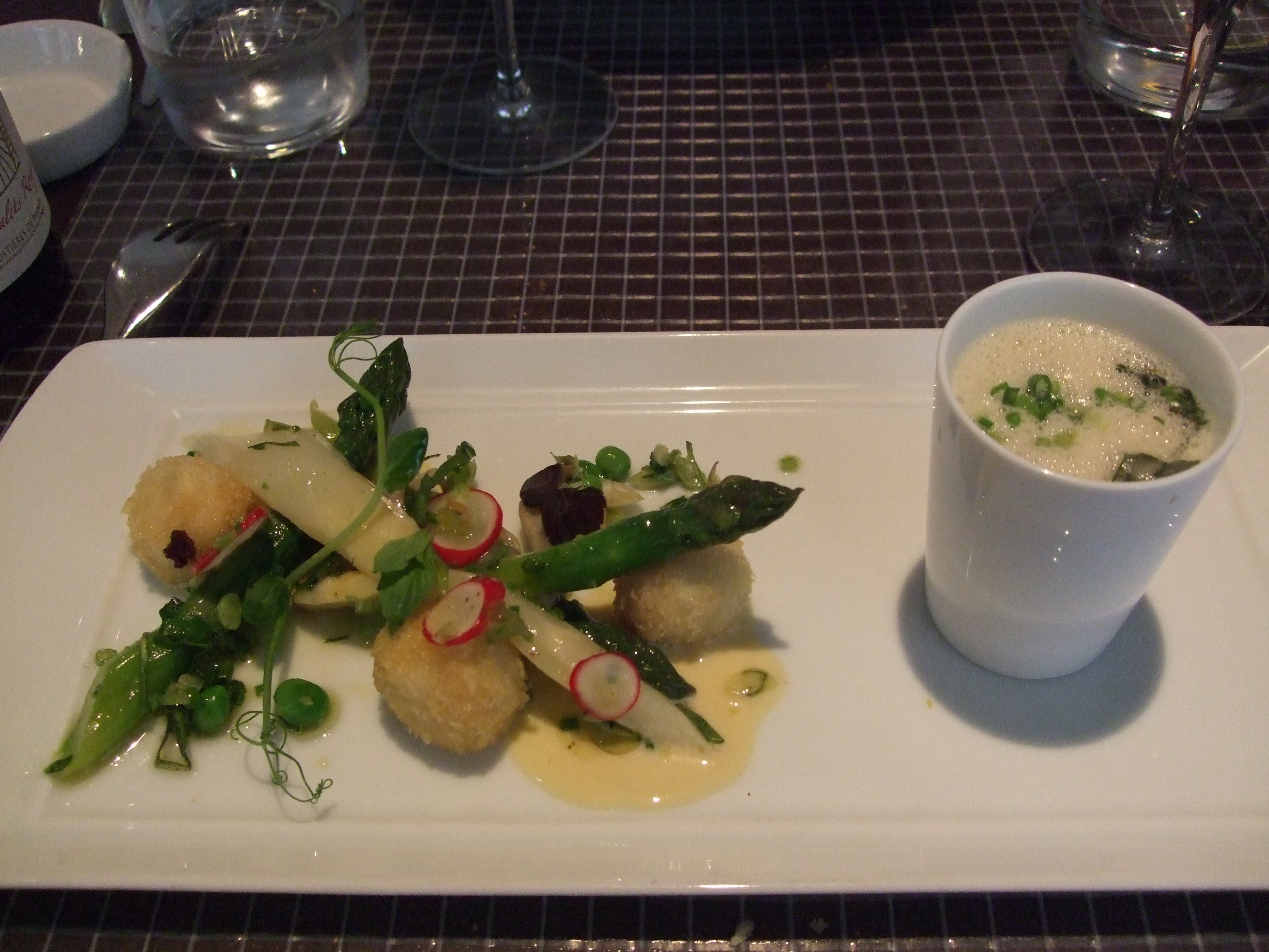John talbott ze kitchen galerie paris restaurant paris for Ze kitchen galerie paris france
