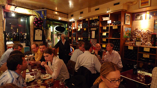 Juveniles wine bar in Paris | parisbymouth.com