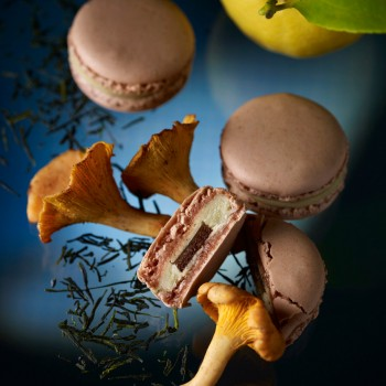 Jardin Marin macaron from Pierre Hermé with Thé Vert, Girolle & Citron