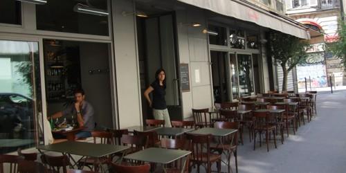 I Cugini restaurant in Paris photo by John Talbott | parisbymouth.com