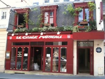Le Crabe Marteau restaurant in Paris via crabemarteau.fr | parisbymouth.com