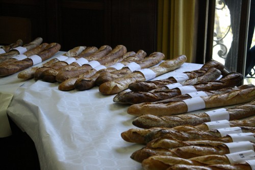 A wave of baguettes