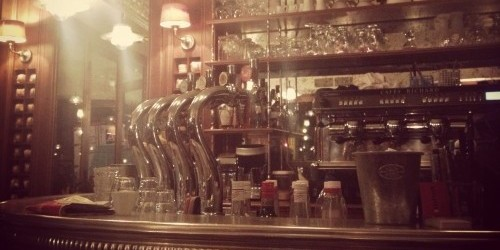 the bar at trois garcons bistro in paris | parisbymouth.com