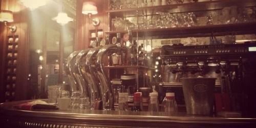 the bar at trois garcons bistro in paris | parisbymouth.com