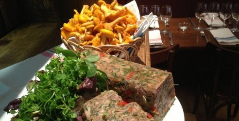 L'Ourcine bistro in Paris photo via facebook | parisbymouth.com