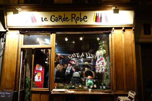 A quiet night at Le Garde Robe