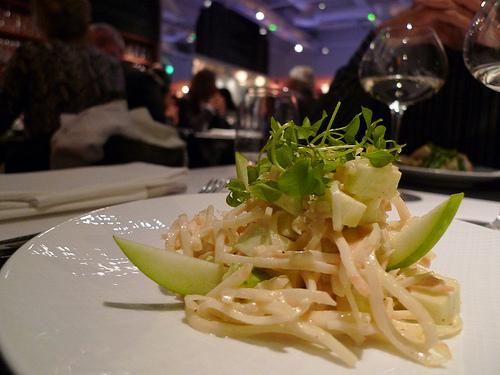 Lazare - céleri rémoulade à la pomme verte