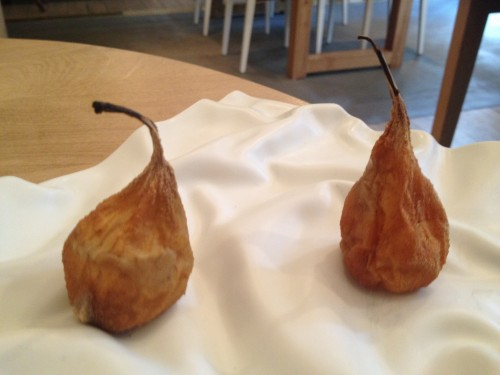 Candied pear at Restaurant David Toutain in Paris | parisbymouth.com