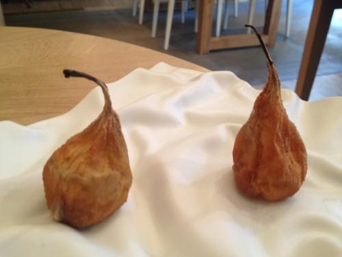Candied pear at Restaurant David Toutain in Paris | parisbymouth.com