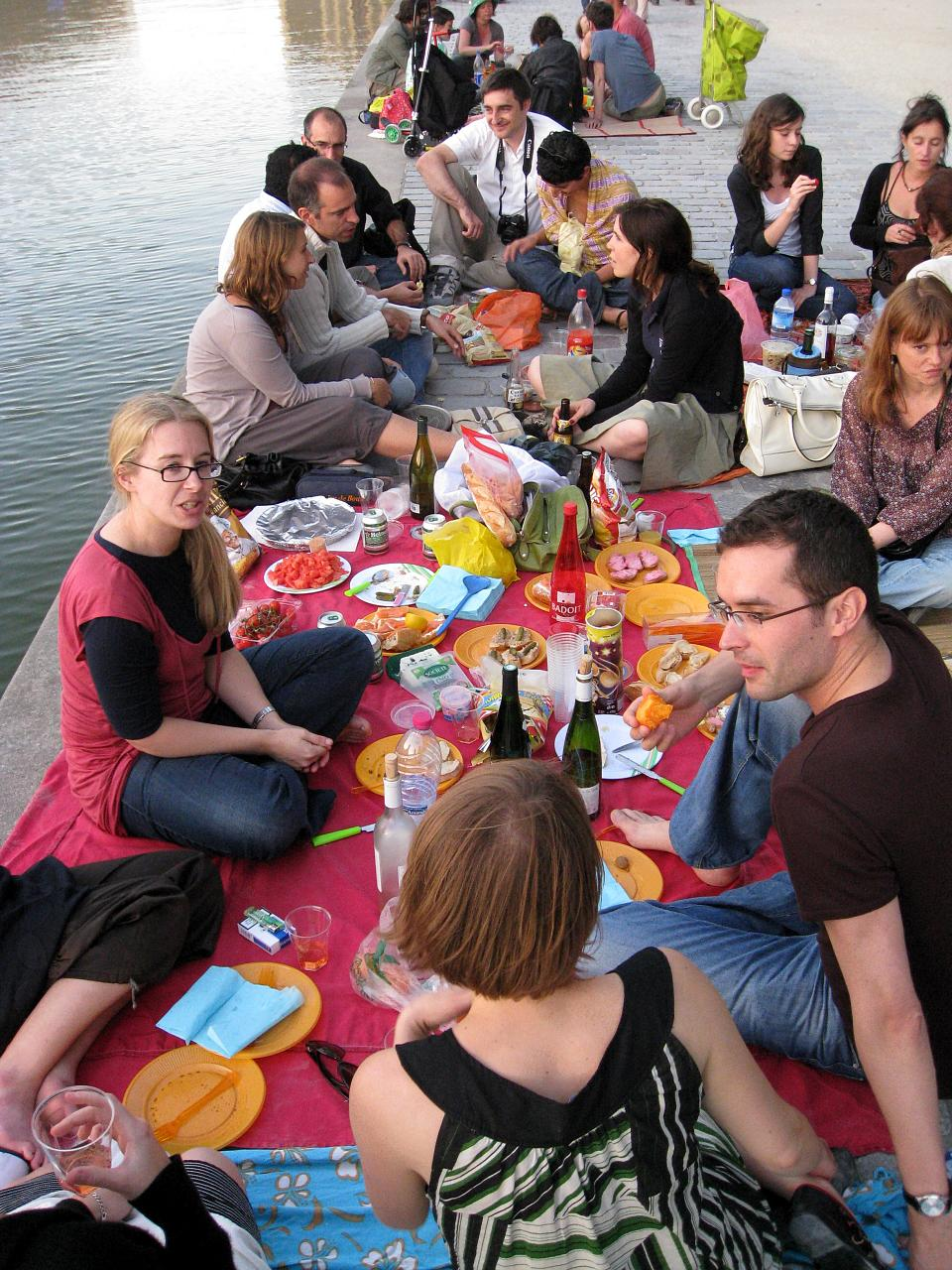 Best Picnic Spots & Provisions in Paris