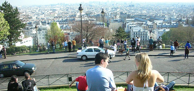 On the slope of the Sacre Coeur