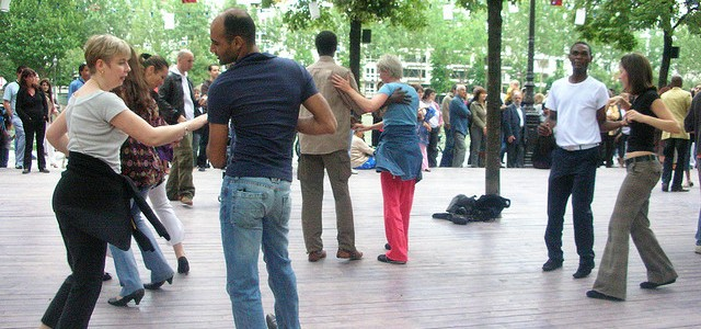 Dancing at Paris Plages