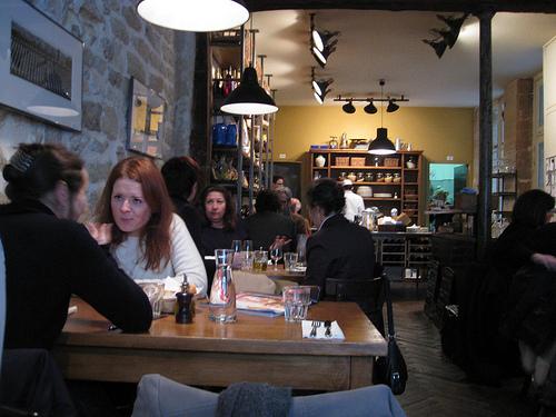 Olio Pane Vino Italian restaurant Paris