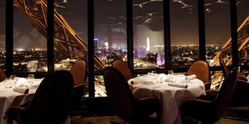 Le Jules Verne restaurant in Paris | parisbymouth.com