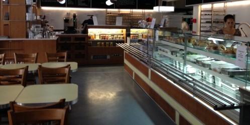 bobs bakeshop interior | parisbymouth.com