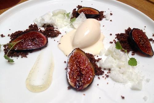 Fresh fig dessert at Porte 12 in Paris