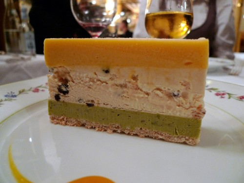 Dessert at  Benoît restaurant in Paris | parisbymouth.com