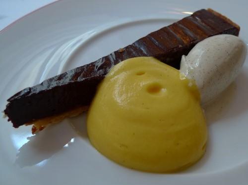 Dessert at Garance restaurant in Paris  | parisbymouth.com