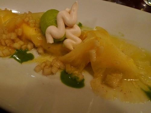 Pineapple carpaccio at La Table d'Eugene restaurant in Paris | parisbymouth.com