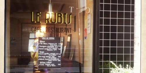 le rubis 75002 restaurant in paris photo from Facebook | parisbymouth.com