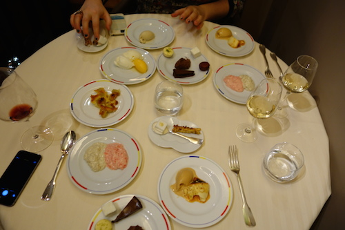 Guy Savoy: the spread of desserts