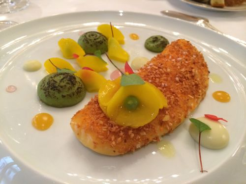 Le Cinq: John Dory, mandarine, green mango