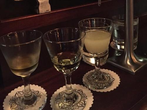 absinthe at lulu white bar in Paris | parisbymouth.com