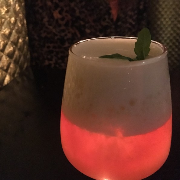 Drinks go neon at Le Syndicat