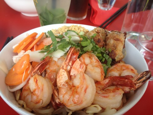 shrimp bo bun petit cambodge paris | parisbymouth.com