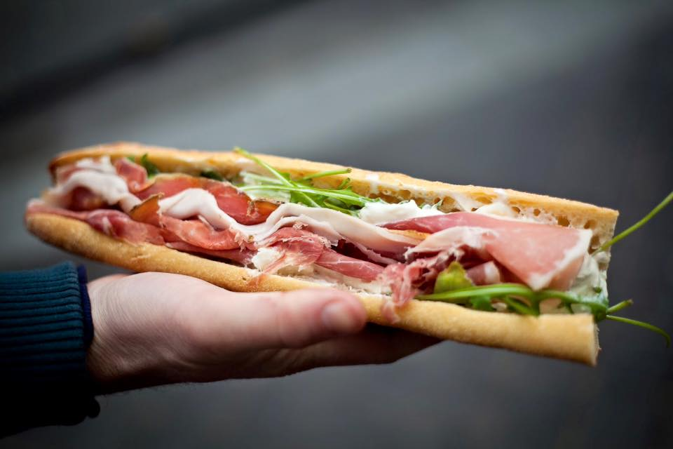 prosciutto sandwich mmmozza via fb | parisbymouth.com