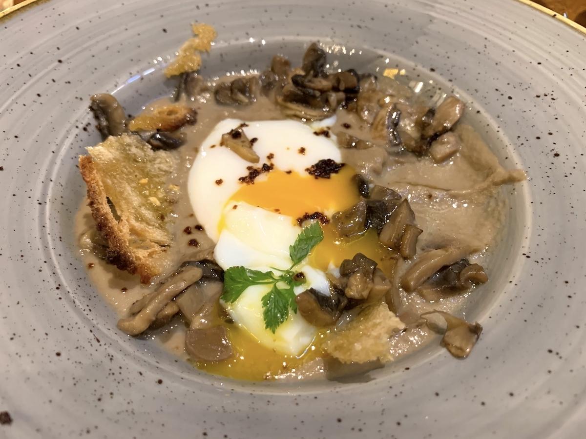Mushroom and oeuf parfait